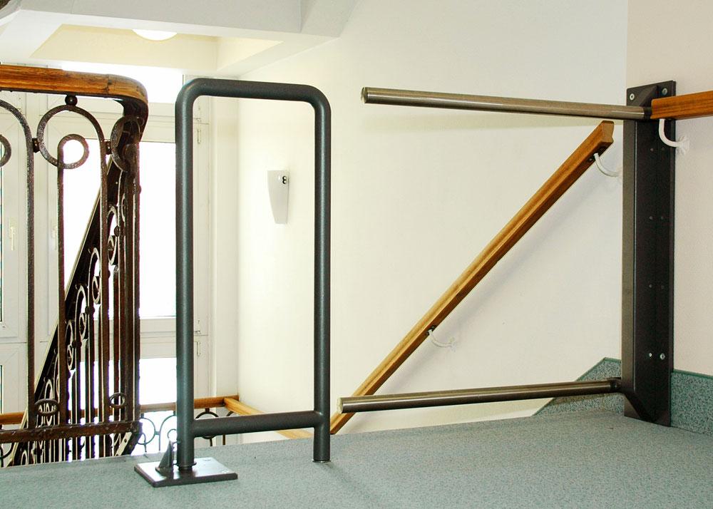 Barrera de seguridad para escaleras galeria - Barreras seguridad escaleras ...